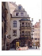 Вид на здание Хофбройхаус-а
