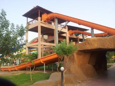 Аквапарк Джунгли - съезжаем вниз
