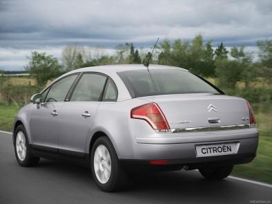 Citroen C4 Sedan old сзади