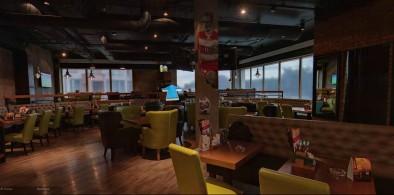 Основной зал пивного ресторана Брудер