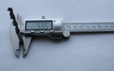 6мм сверло - замерение основанием губок