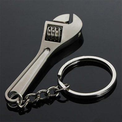 Брелок-гаечный ключ