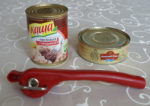 Консервный нож / открывалка: дает безопасный срез крышки и банки без острых краев - просто восторг (обзор)