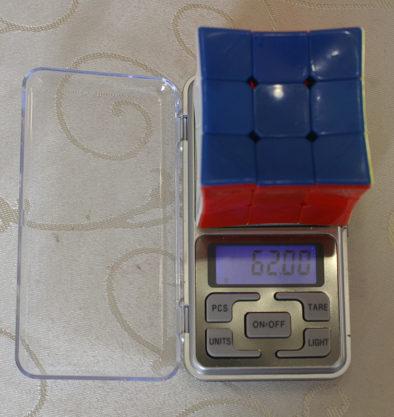 Вес вогнутого Кубика Рубика