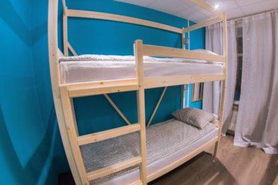Двухэтажная кровать в семейном номере