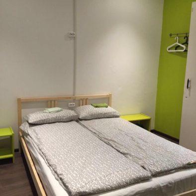 Двухспальная кровать в семейном номере